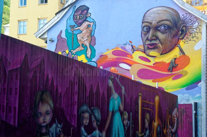 Gatakonst eller grafitti i Bergen, Norge arkivbild
