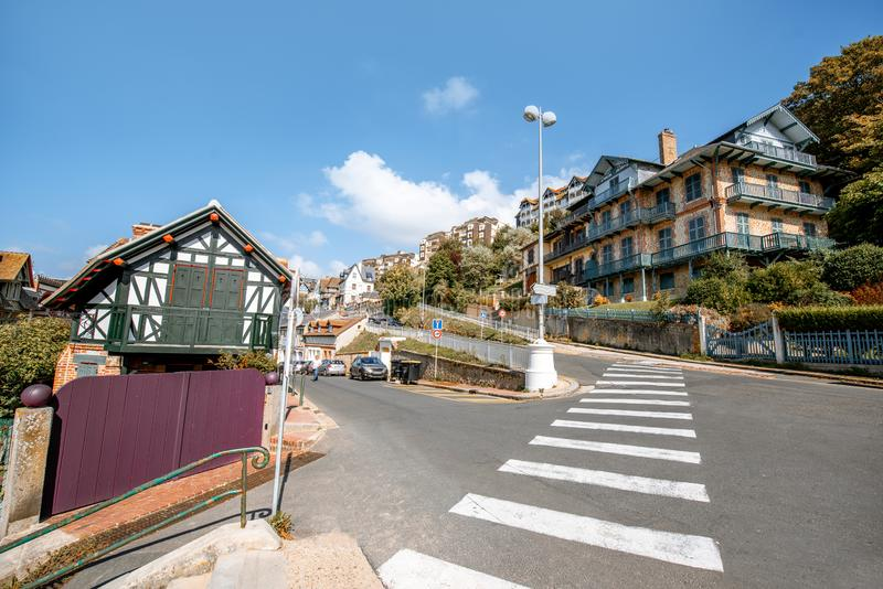 Gatasikt av Trouville, Frankrike royaltyfri foto