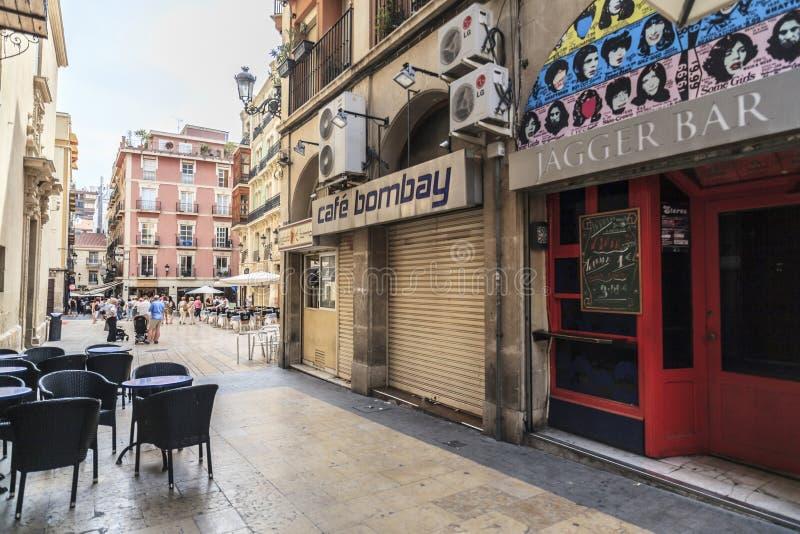 Gatasikt i centrofjärdedel av Alicante, Spanien arkivbilder