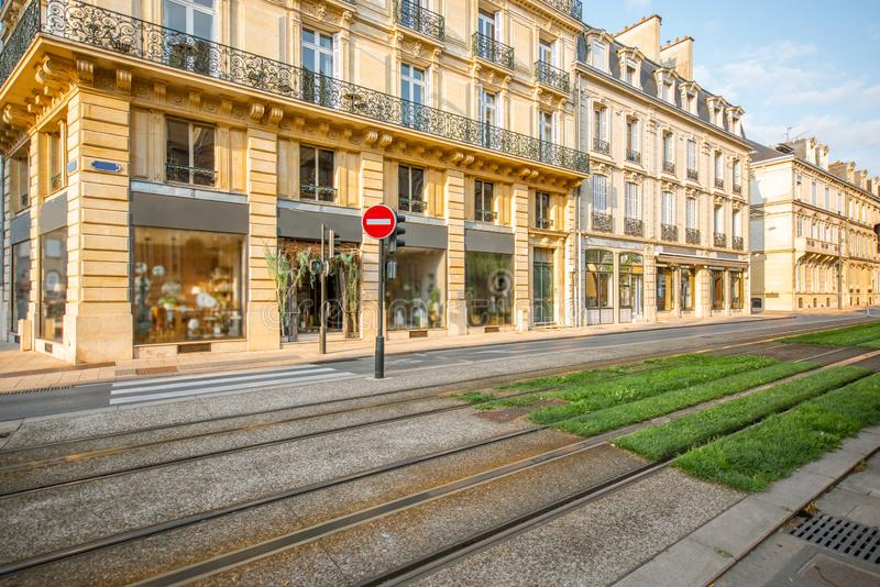 Gatasikt i den Reims staden, Frankrike arkivfoton