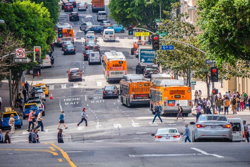 Gatasikt i i stadens centrum Los Angeles - Kalifornien, USA - mars 18, 2019 royaltyfri fotografi