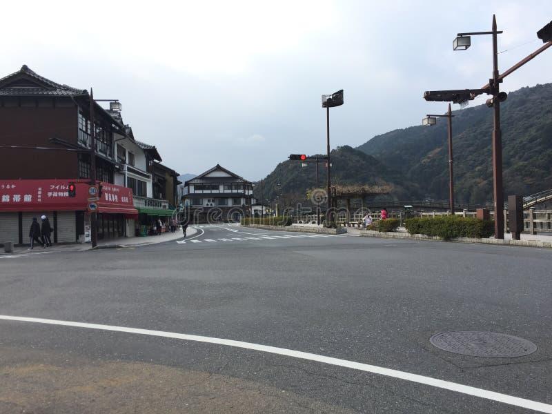 Gatasikt mitt emot den Kantaikyo Kantai bron, Iwakuni, Yamaguchi, Japan royaltyfria bilder