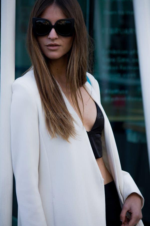 Gatastil: Milan Fashion Week Autumn /Winter 2015-16 royaltyfria foton