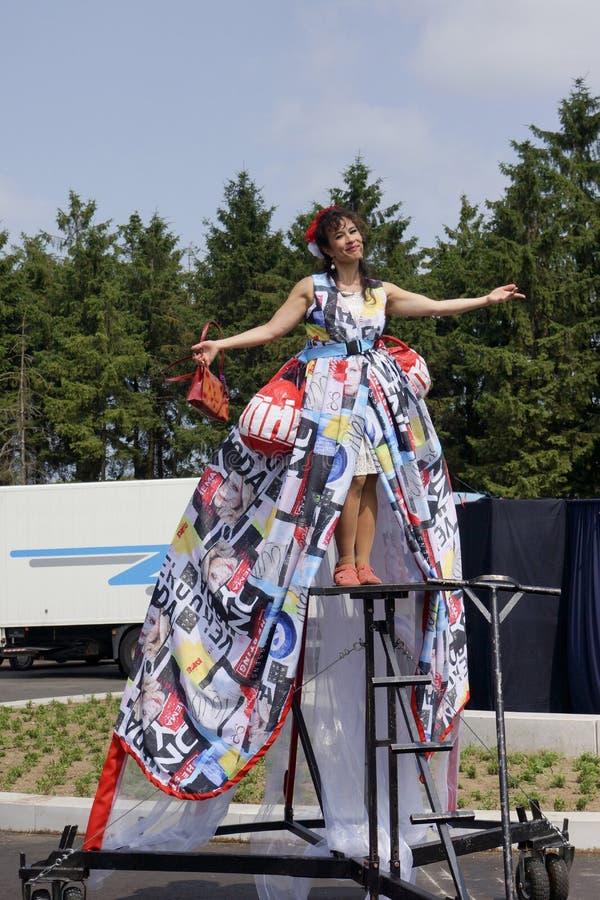 Gatateaterfestival i Doetinchem, Nederländerna på Juli 1 royaltyfria bilder