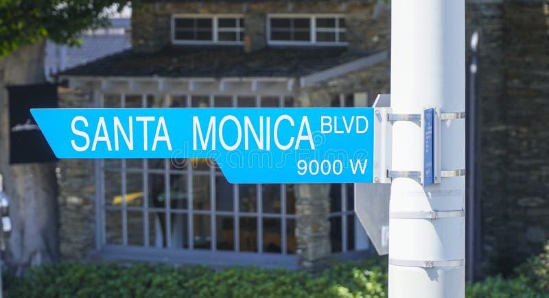 Gatatecken Santa Monica Blvd i Beverly Hills - LOS ANGELES - KALIFORNIEN - APRIL 20, 2017 royaltyfria bilder