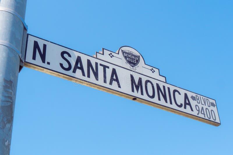 Gatatecken Santa Monica Boulevard i Beverly Hills - KALIFORNIEN, USA - MARS 18, 2019 royaltyfria foton