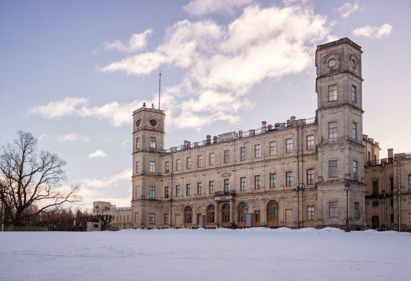 Gatchina slott i vinter royaltyfria foton