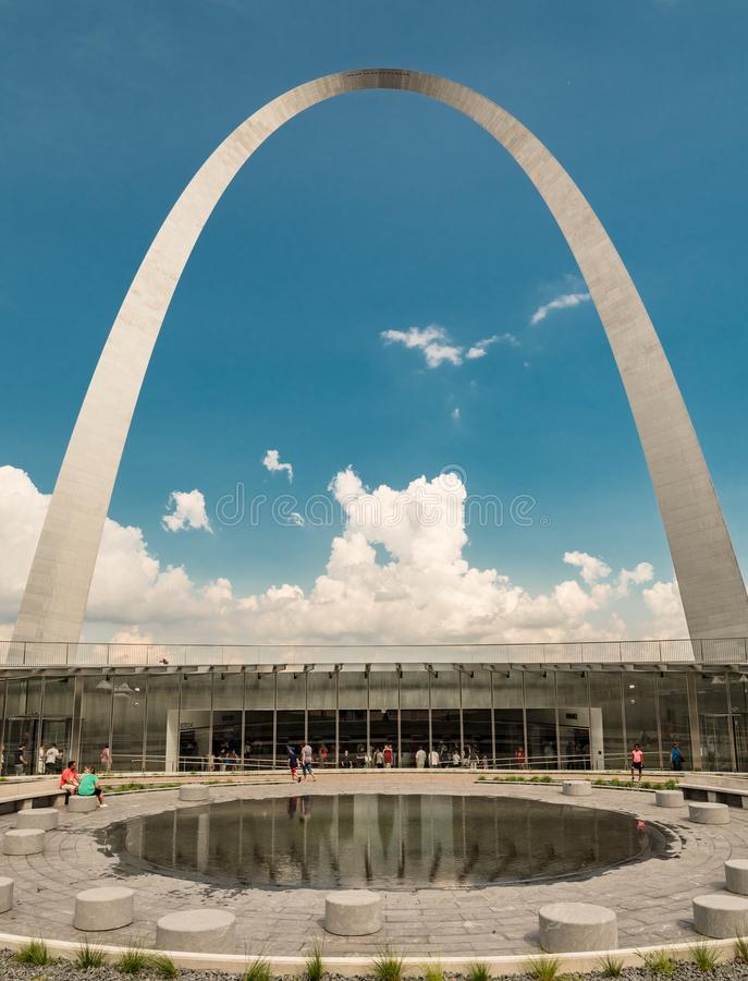 The gate way arch and recently built Museum in st louis misouri. A view of the Gateway arch in ST. Louis Misouri. The arch was designed to represent the westward stock photo
