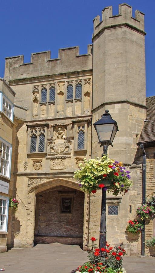Gatehouse de cathédrale de puits image libre de droits
