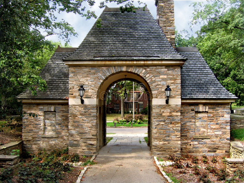 Gatehouse de piedra fotos de archivo libres de regalías
