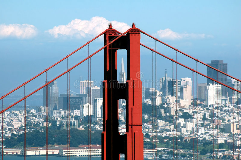 gates mostu golden transamerica budynku. obrazy stock