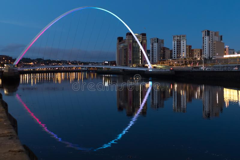 Gateshead milenium most nad Rzecznym Tyne zdjęcie stock