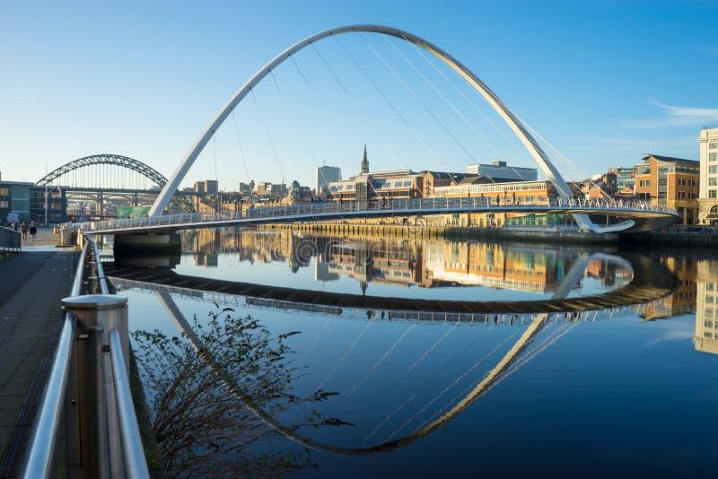 Gateshead milleniumbro fotografering för bildbyråer