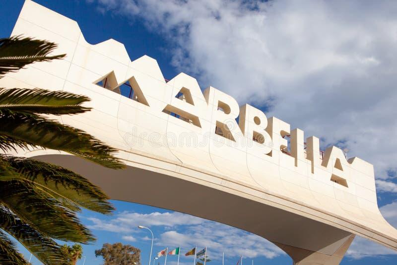Gateway aan Marbella op Costa del Sol, Spanje stock foto's