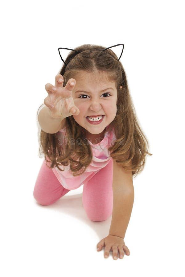 Gato adorável pequeno engraçado da imitação da menina fotos de stock