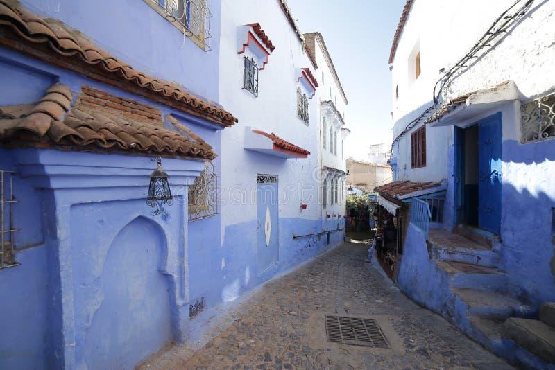 Gator av Chefchaouen Marocko royaltyfria foton