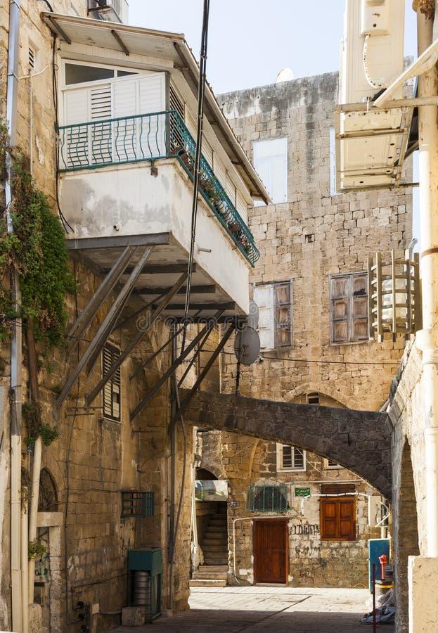 Gator av den forntida staden av Akko i morgonen israel royaltyfri foto