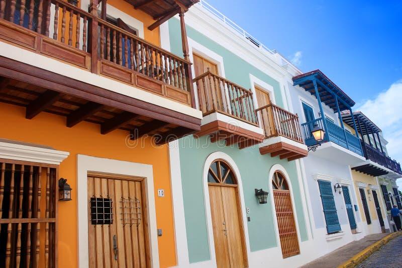 Gator av den gamla staden av San Juan, Puerto Rico arkivbild