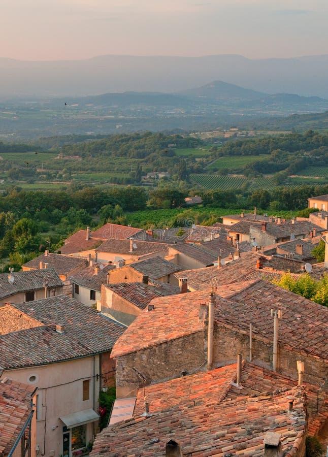 Gator av den provencal townen royaltyfria bilder