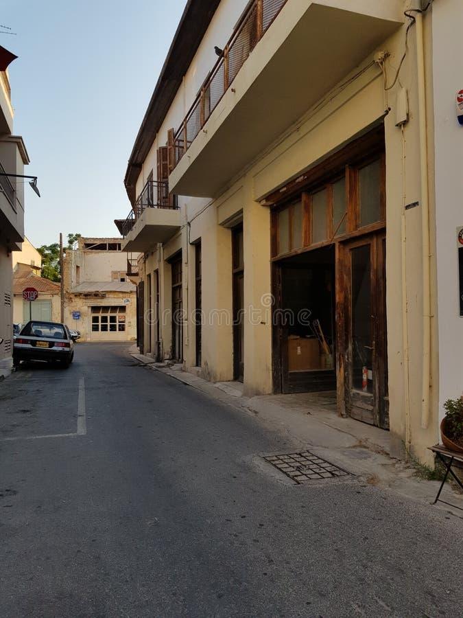 Gator av Larnaca, Cypern arkivbild
