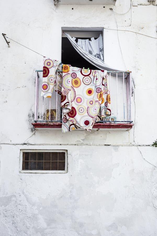 Gator tränga någon och detaljer av marbella spain arkivfoton