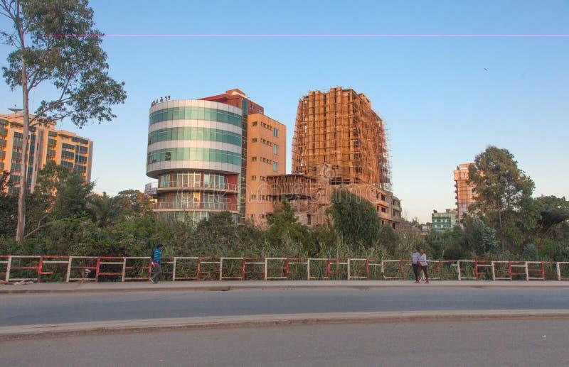 Gatorna av Addis Ababa Ethiopia royaltyfri foto