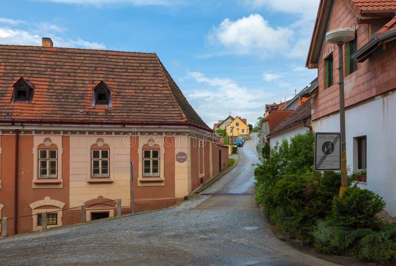 Gatorna av Cesky Krumlov arkivfoto