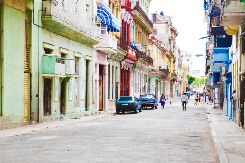 Gatorna av havannacigarren Kuba - arkitektur av den gamla staden arkivfoton