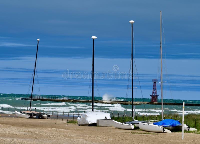 Download Gatti Di Hobie Parcheggiati Immagine Stock - Immagine di illinois, catamarans: 117979561