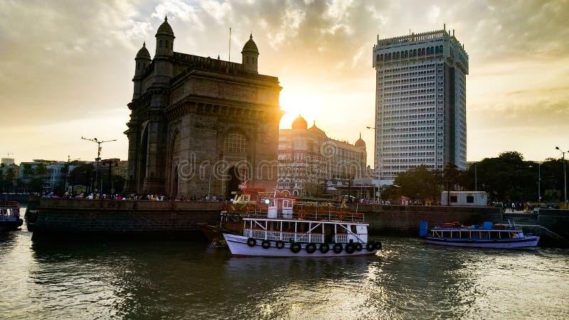 Gatway de la India con puesta del sol hermosa fotos de archivo libres de regalías