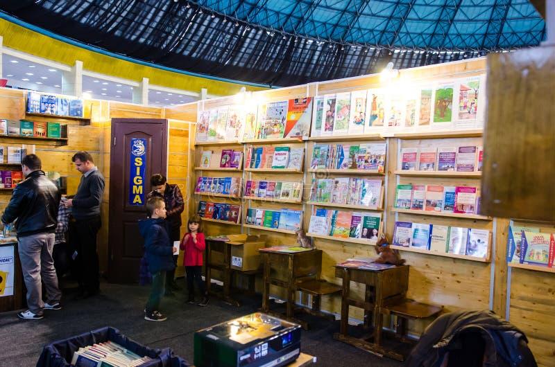 Gaudeamusboekenbeurs, Boekarest, Roemenië 2014 royalty-vrije stock foto