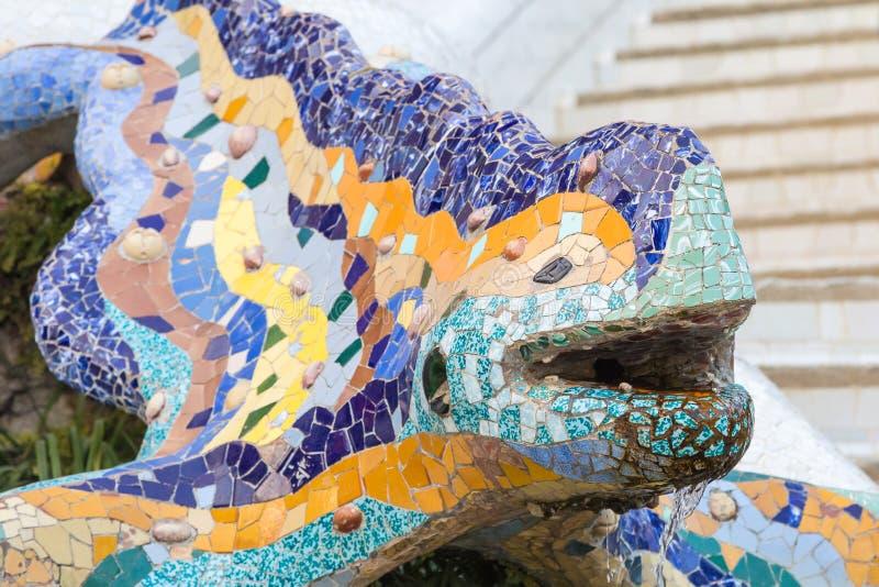 Gaudis-Drache bei Parc Guell in Barcelona lizenzfreies stockfoto