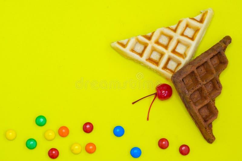 gaufres de lait et de chocolat photos libres de droits