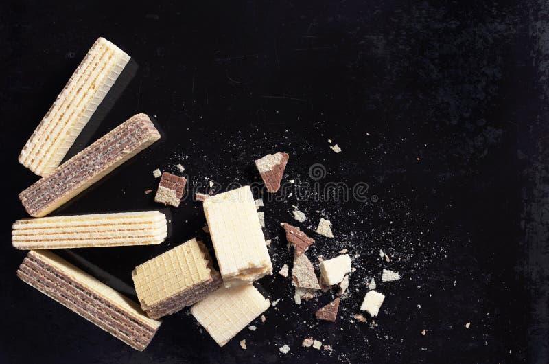 Gaufrettes avec du chocolat et la vanille photos libres de droits
