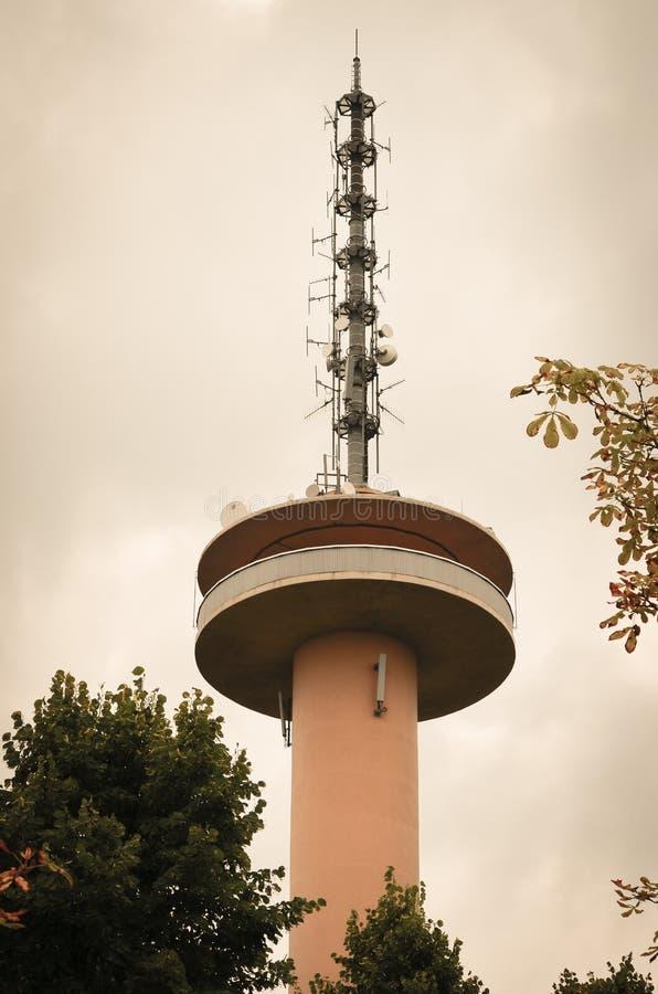 Gaussturm dichtbij Dransfeld, Duitsland royalty-vrije stock afbeeldingen