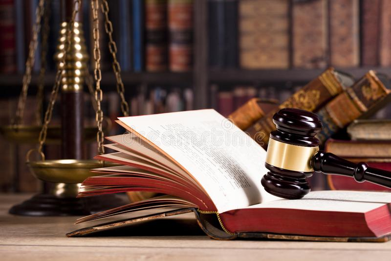 Gavel δικαστών ` s νόμος Γραφείο δικαστών ` s Νομική απόφαση στοκ εικόνες