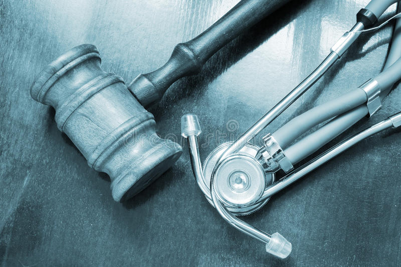 Gavel et stéthoscope photographie stock
