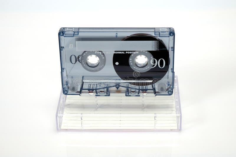 Gaveta compacta audio do vintage Gaveta em um fundo branco, vista dianteira com caixa foto de stock royalty free