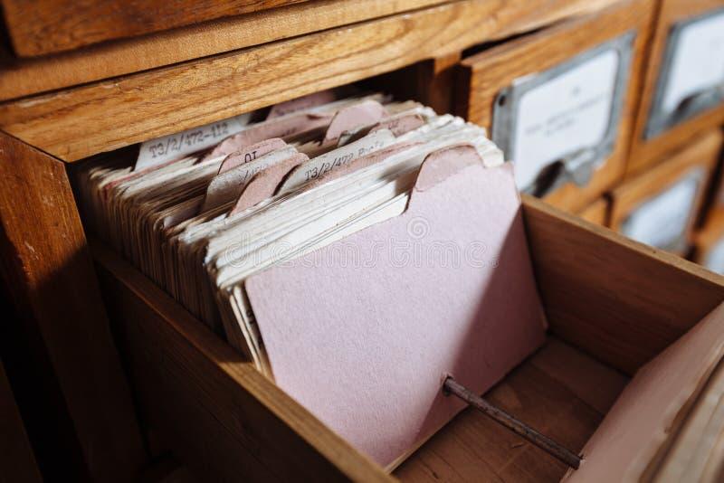 Gaveta do armário de arquivo imagens de stock