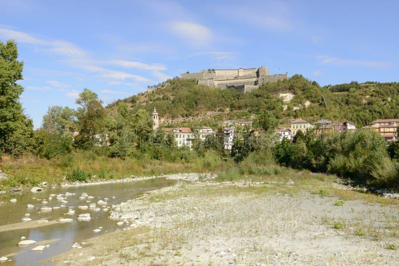 Gavi forteca i Lemme rzeka, Włochy obrazy stock