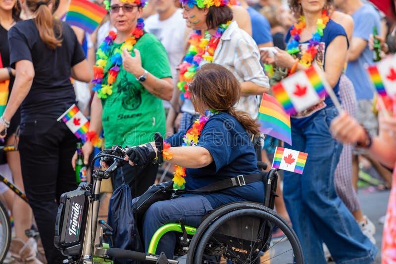 Gay Pride en Roma, Italia Muchedumbre de manifestantes en el cuadrado imagen de archivo