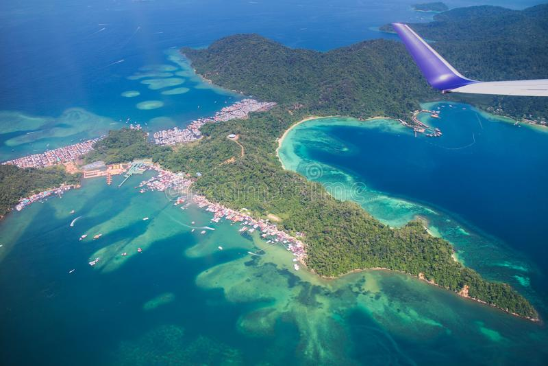 Gaya海岛,婆罗洲,马来西亚鸟瞰图  免版税库存照片
