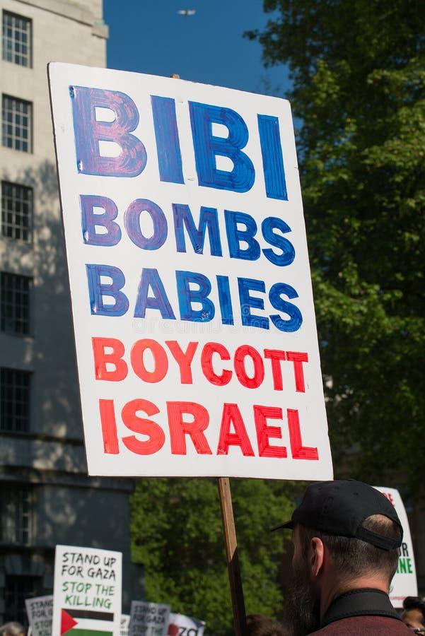 Gaza: Houd de verzameling van het Slachtingsprotest in Whitehall, Londen, het UK tegen stock afbeelding