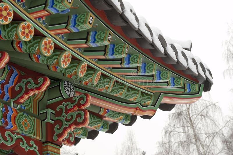 Gazebo coreano tradicional del jardín fotografía de archivo