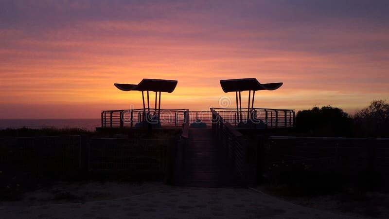 Gazebo en la puesta del sol imagen de archivo libre de regalías