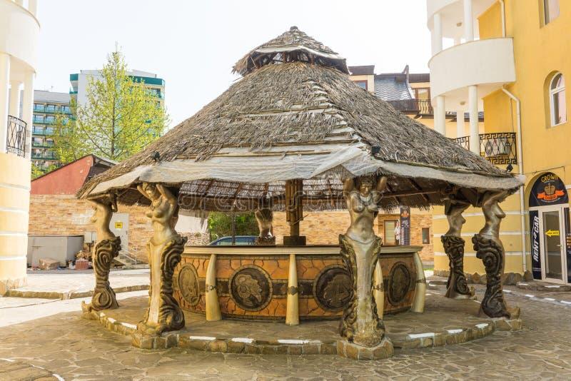 Gazebo Patio στο θέρετρο της ηλιόλουστης παραλίας στη Βουλγαρία στοκ φωτογραφίες