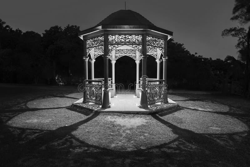 Gazebo w parku zdjęcie stock