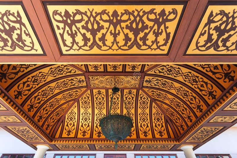 Gazebo w podwórzu budynek w Orientalnym stylu, turecczyzna ornamenty zdjęcie royalty free