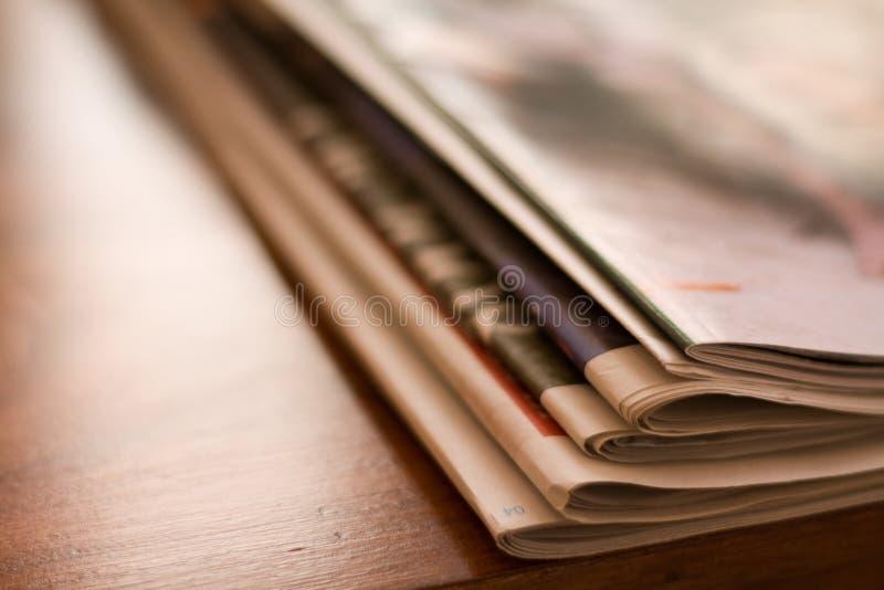gazetowi nadprogramy obraz stock