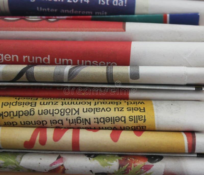 Download Gazety obraz stock. Obraz złożonej z dzienny, słowa, poparcie - 33119665